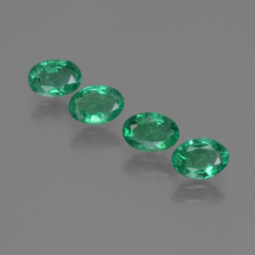 0.4ct Oval Facet Bluish Green Emerald Gem (ID: 412068)