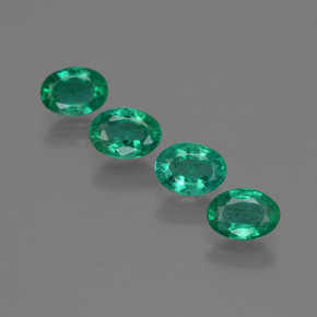 0.5ct Oval Facet Intense Green Emerald Gem (ID: 412072)