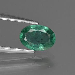 0.6ct Oval Facet Deep Green Emerald Gem (ID: 412215)