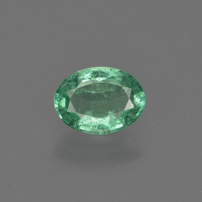 0.8ct Oval Facet Medium Green Emerald Gem (ID: 412334)