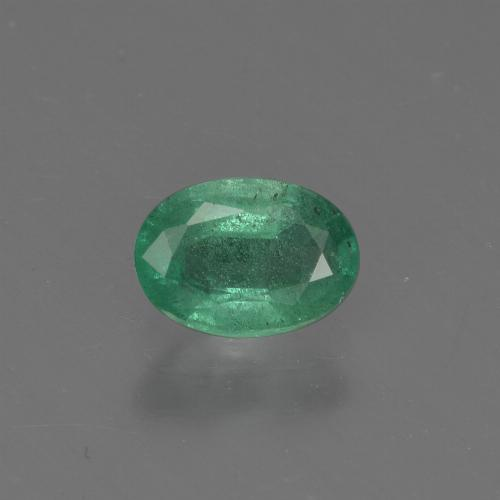 0.7ct Oval Facet Medium Green Emerald Gem (ID: 412335)