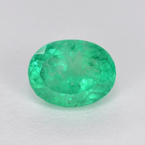 0.9ct Oval Facet Electric Green Emerald Gem (ID: 499299)
