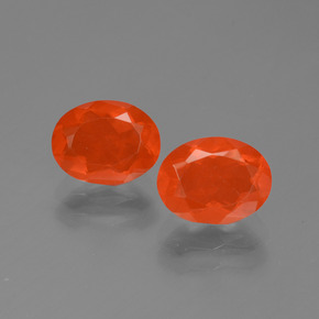 Bright Crimson Red-Orange Fire Opal Gem - 0.8ct Oval Facet (ID: 454118)