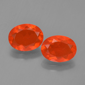 Bright Crimson Red-Orange Ópalo de Fuego Gema - 0.9ct Forma ovalada (ID: 454309)