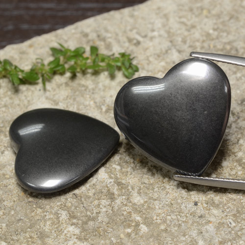 Dark Gray Hematite Gem - 23.3ct Heart Cabochon (ID: 470984)