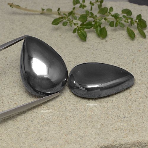 Black Gray Hematite Gem - 37ct Pear Cabochon (ID: 491752)