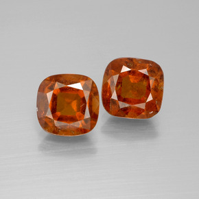 Cinnamon Orange Hessonite Garnet Gem - 2.5ct Cushion-Cut (ID: 395206)