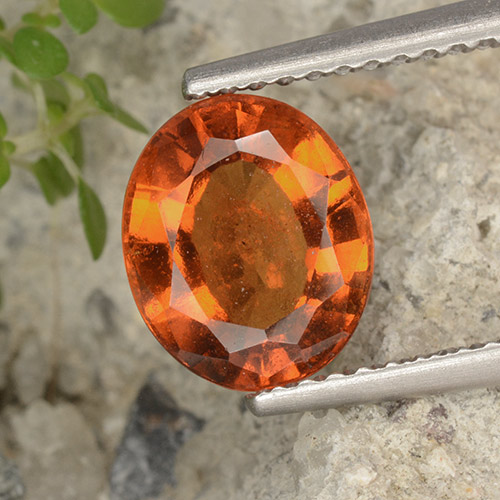 Amber Orange Granate Hesonita Gema - 2.3ct Forma ovalada (ID: 497062)