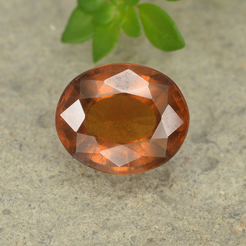 Medium-Dark Orange Granate Hesonita Gema - 2.1ct Forma ovalada (ID: 497573)