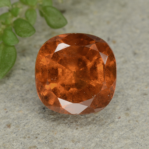 Medium-Dark Orange Granato essonite Gem - 2ct Taglio a cuscino (ID: 499265)