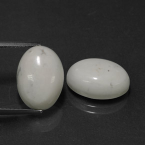 Light Grayish White Howlite Gem - 6.4ct Oval Cabochon (ID: 320960)