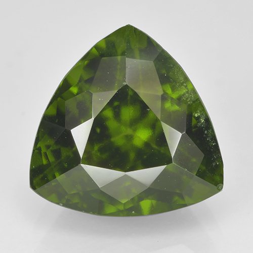 Olive Green Idocrase Gem - 4.3ct Trillion Facet (ID: 502114)