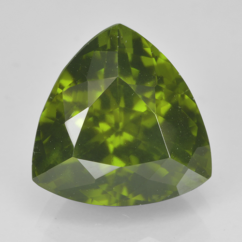 4.5ct Trillion Facet Olive Green Idocrase Gem (ID: 502116)
