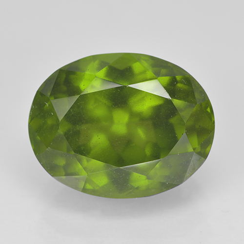 Olive Green Idocrase Gem - 5.6ct Oval Facet (ID: 502120)