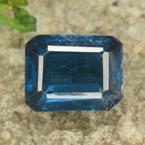 Blue Kyanite Gem - 2.6ct Octagon Step Cut (ID: 470967)