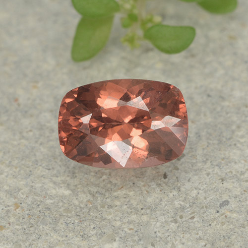 Orange Pink Malaya Garnet Gem - 0.7ct Cushion-Cut (ID: 498934)