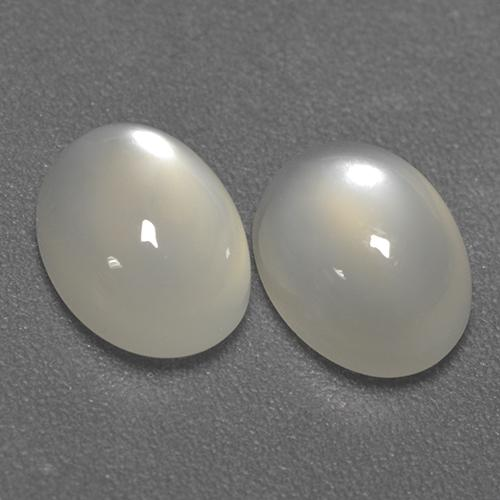 Cream Moonstone Gem - 1.5ct Oval Cabochon (ID: 480385)