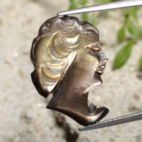Silver Mother of Pearl Gem - 4.8ct Carved Cameo (ID: 475201)