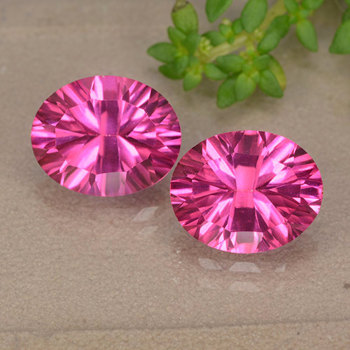 3.1ct Oval Concave Cut Purplish Pink Mystic Topaz Gem (ID: 490092)