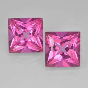 Deep Magenta Topaze Mystique gemme - 6.2ct Coupe-princess (ID: 500015)