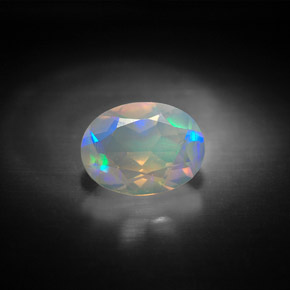 Buy 0.92 ct Multicolor Opal 8.16 mm x 6.1 mm from GemSelect (Product ID: 299933)