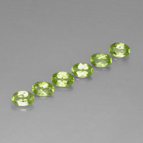 Buy 2.95 ct Lively Green Peridot 5.99 mm x 4 mm from GemSelect (Product ID: 252366)