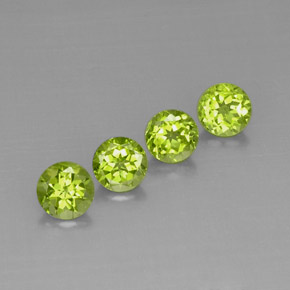 Buy 3.87 ct Lively Green Peridot 6.24 mm  from GemSelect (Product ID: 294628)