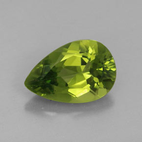 Buy 3.44 ct Lively Green Peridot 12.11 mm x 8.1 mm from GemSelect (Product ID: 320070)