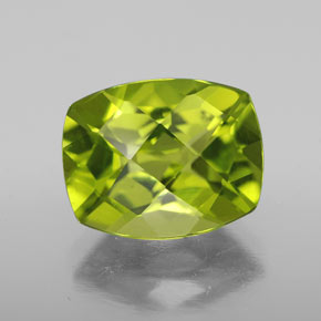 Lively Green Peridot Gem - 2.9ct Cushion Checkerboard (ID: 334197)