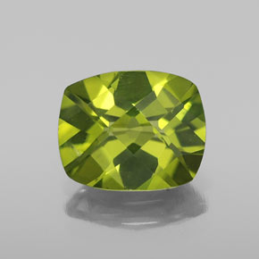 Lively Green Peridot Gem - 2.7ct Cushion Checkerboard (ID: 334346)