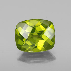Lively Green Peridot Gem - 2.8ct Cushion Checkerboard (ID: 334421)