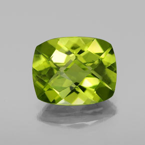 Lively Green Peridot Gem - 3ct Cushion Checkerboard (ID: 334422)