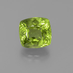 Lively Green Peridot Gem - 6.1ct Cushion-Cut (ID: 372080)