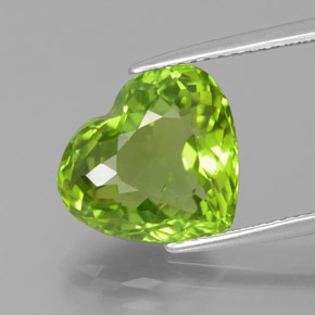 5.02 ct Heart Facet Medium Green Peridot Gemstone 12.00 mm x 10.8 mm (Product ID: 379030)