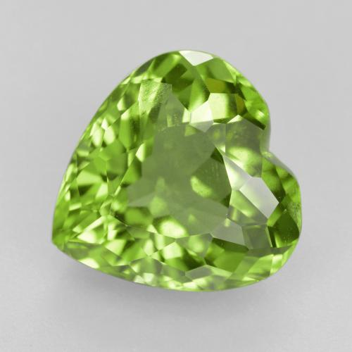 Medium Green Peridoto Gema - 5.7ct Forma de corazón (ID: 379031)