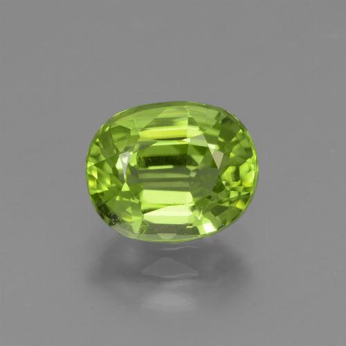 Lively Green Peridot Gem - 2.1ct Oval Facet (ID: 447593)