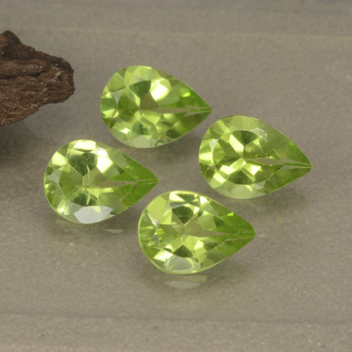 0.7ct Pear Facet Lively Green Peridot Gem (ID: 477217)