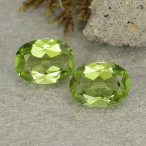 Lively Green Peridot Gem - 1.2ct Oval Facet (ID: 484234)