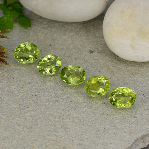 thumb image of 0.8ct Oval Facet Lively Green Peridot (ID: 484296)