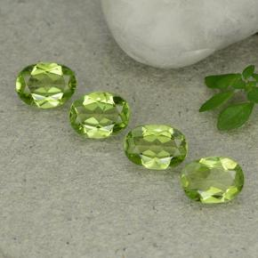 Lively Green Peridot Gem - 1.2ct Oval Facet (ID: 484338)