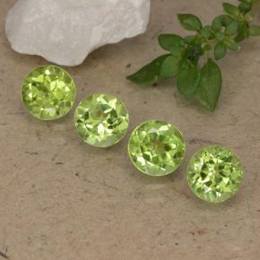 Lively Green Peridot Gem - 0.6ct Round Facet (ID: 489435)