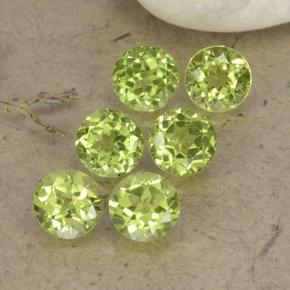 Lively Green Peridot Gem - 0.4ct Round Facet (ID: 489722)