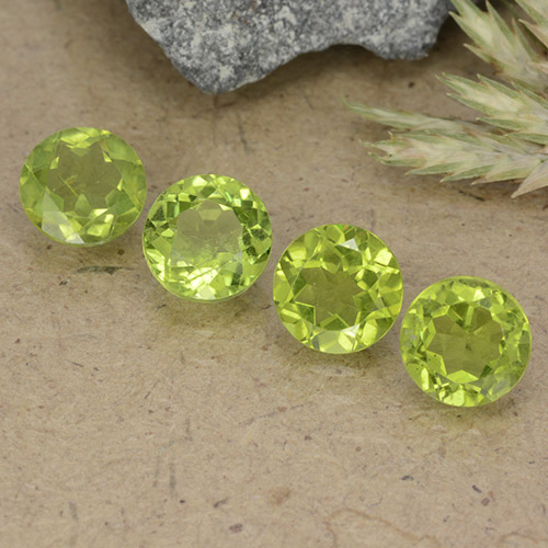 Medium Green Peridoto Gema - 1ct Faceta Redonda (ID: 490556)