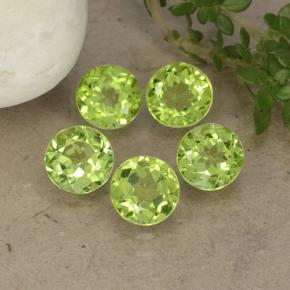 Lively Green Peridot Gem - 0.7ct Round Facet (ID: 490917)