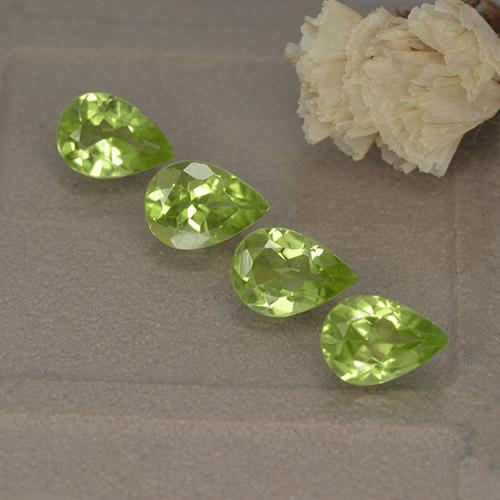 Lively Green Peridot Gem - 0.7ct Pear Facet (ID: 497235)