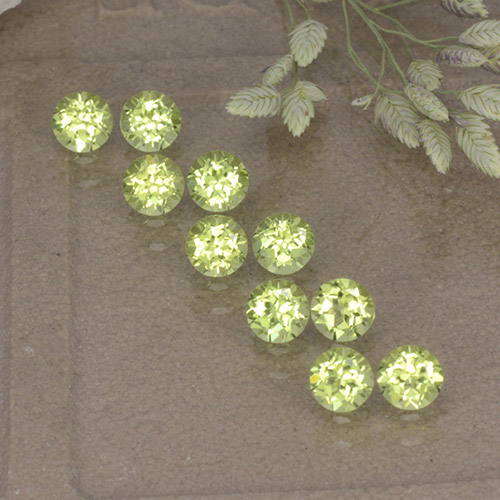 Light Pear Green 橄榄石 Gem - 0.1ct 圆形切面 (ID: 498206)