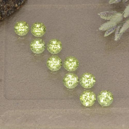 Lively Green Peridot Gem - 0.1ct Round Facet (ID: 498502)