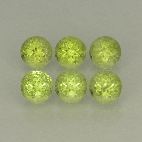 Lively Green Peridot Gem - 0.3ct Round Facet (ID: 499801)