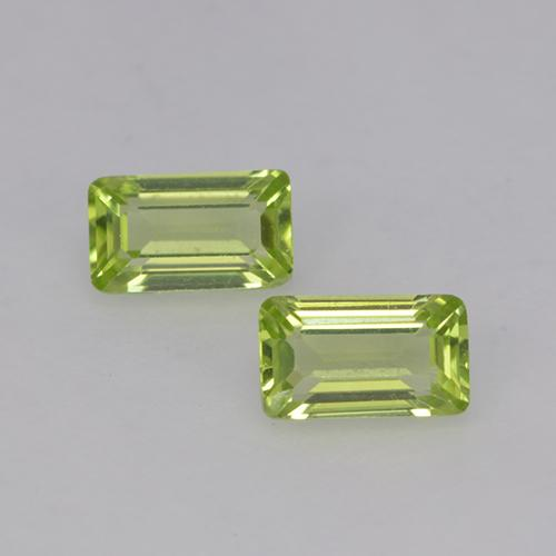 Medium Green Peridoto Gema - 0.3ct Corte octagonal (ID: 524835)