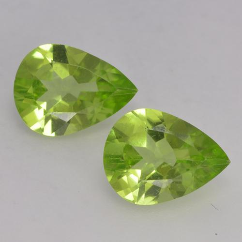 1ct Pear Facet Lively Green Peridot Gem (ID: 526134)